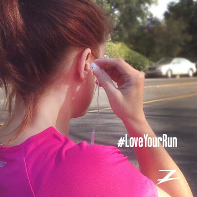 The right #music is the key to dominating a #workout. Here are songs to help you #LoveYourRun http://t.co/1G9dOrHSqW http://t.co/Z1yrpt4125