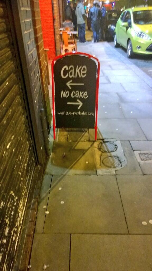 Manchester road signs make perfect sense http://t.co/dzgeqXXLrc