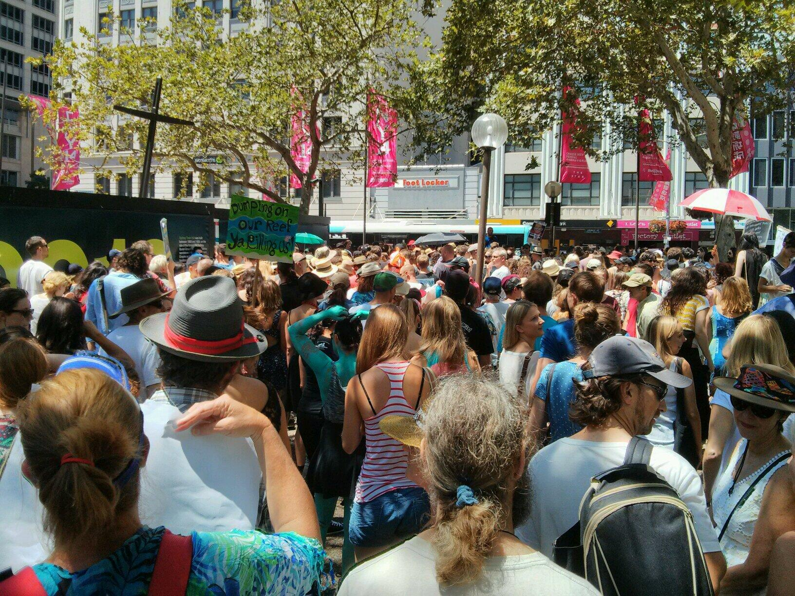 Twitter / GreenpeaceAustP: Massive crowd here in Sydney ...