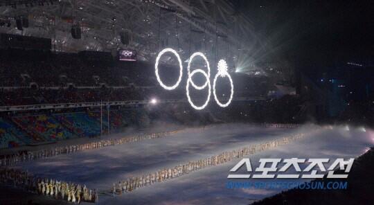 이번 올림픽 깜짝 자동차 스폰서가 아우디일 줄야...... 저는 이번 소치 동계올림픽 개회식을 보고 나서야 알았어요! ㅠ ㅋ @KeeWanANN http://t.co/rlui6x3PXi