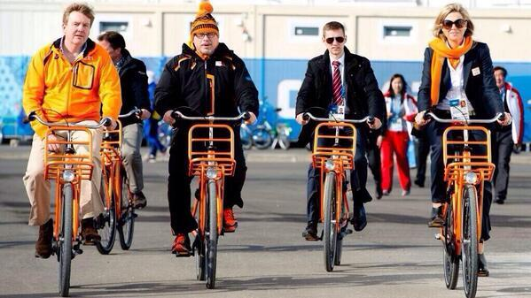 """""""@davidcommon: Dutch King & Queen bike to speed skating in #Sochi. Not bad. http://t.co/PHOFHSzhMl"""" #yycbike we can bike more!"""