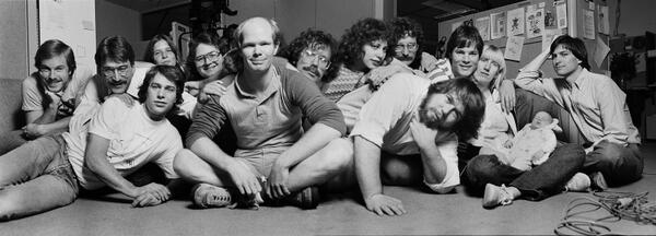 Great pic of the original Mac dev team...     http://t.co/gKI6nUSeQv http://t.co/CHI8ZduaUO