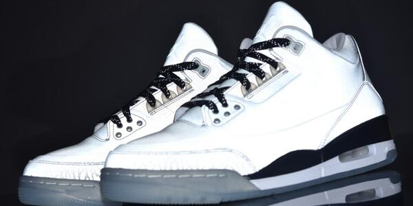 "save off b4305 597e4 Are you copping  http   sneakernews.com 2014 01 27 air-jordan-iii-5lab3  …  pic.twitter.com ZlKRNWIZHR"" hard"
