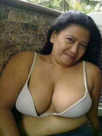 Show girl nude
