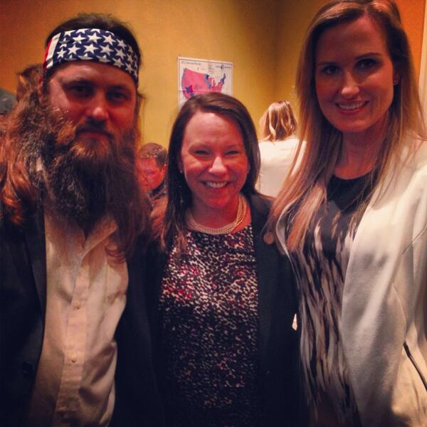 Check out who came to the State of the Union - @williebosshog & @bosshogswife. Such nice people! #DuckDynasty http://t.co/hQvh1W8q5e