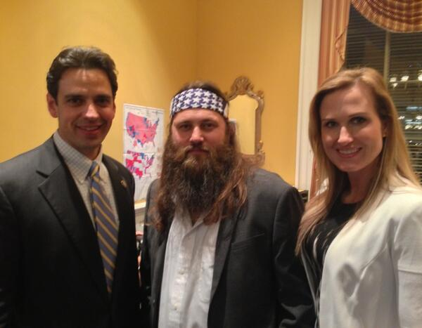 Warming up for #SOTU with @williebosshog @bosshogswife from @DuckDynastyAE http://t.co/WwGOPb1Lfd