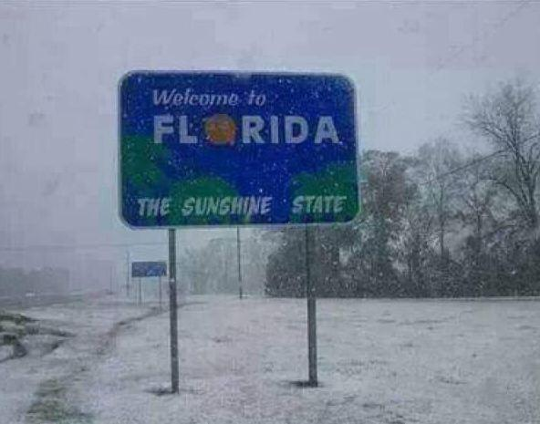 Welcome to the SUNSHINE State! Thanks for the photo Terry Palmer  The latest forecast here: http://t.co/Oa87NryoPn http://t.co/Lwj7Ywl8DF