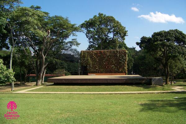 Jard n bot nico med on twitter teatro sura escenario al for Jardin botanico conciertos