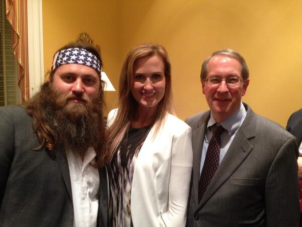 Enjoyed meeting Willie and Korie Robertson before the #SOTU last night! http://t.co/2J8LGewP8O