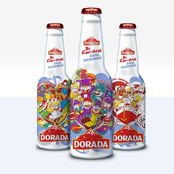 De carnaval, aquí sabemos! Presentamos las botellas del #carnaval2014 ¡Enfríalas para q explote la fiesta! http://t.co/sfmAtBSvCV