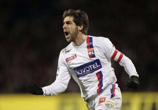 football tweet on twitter former lyon free kick specialist juninho