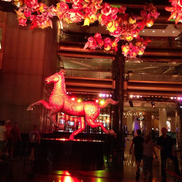 CNY photo of d Crown Casino Melbourne welcoming the Year of the Horse, noble,stedfast & powerful! http://t.co/eYpBJJOpBe