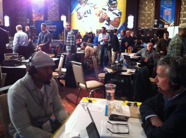 Former Dawg / Current Eagle, Brandon Boykin, joins @buckbelue8 and @JohnKincade live in NYC. http://t.co/V3XtuVxGaW