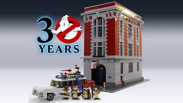 """""""This is a very real, actual thing from @LEGO to celebrate the 30th anniversary of Ghostbusters. http://t.co/NVpZlUswLJ"""" @Sianz"""