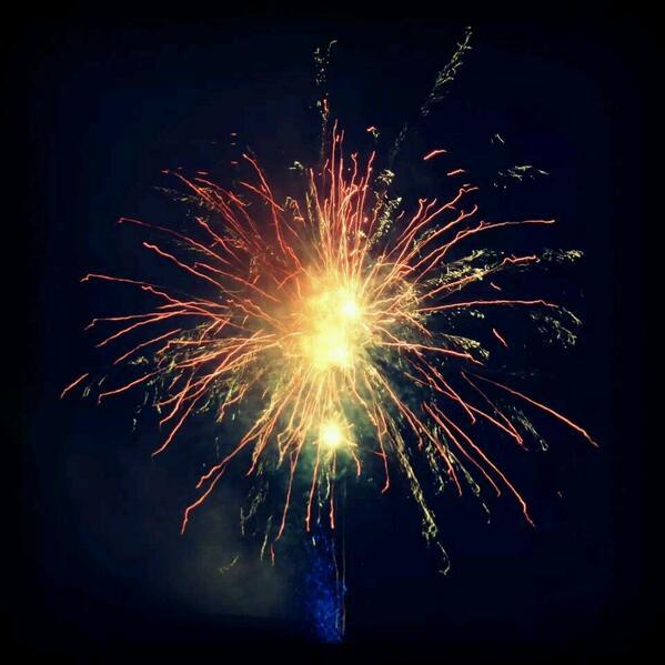 #fireworks  #ChineseNewYear #Melbourne http://t.co/n1qeNMASL7