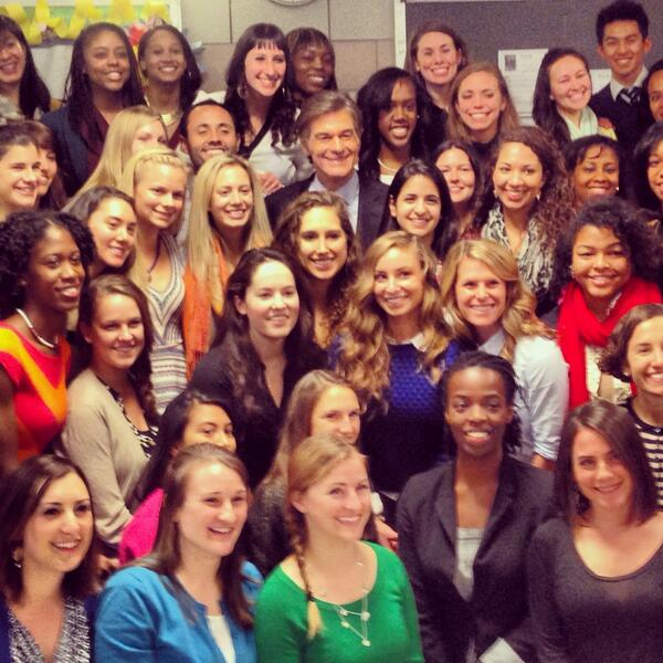 Can you spot @DrOz? So glad that he could join our 62 coordinators in #NYC today! http://t.co/hOZeHZibes