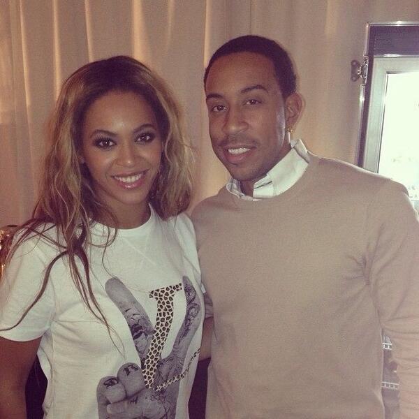 Beyoncé > Fotos raras, antiguas, eras anteriores... - Página 14 BfRXgVUIcAES8ve