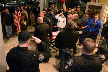 PGH police K-9 officer Rocco is taken out under PGH Police officers' salute as medical staff joins them #RIPRocco http://t.co/l9jkwCyCdu