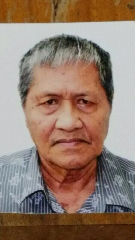 79-year-old Malay Man suffering from Dementia missing since 31/01/14 @ 0400hrs. Last seen at Blk 124 Kim Tian Place. http://t.co/yeavLDa9Cw