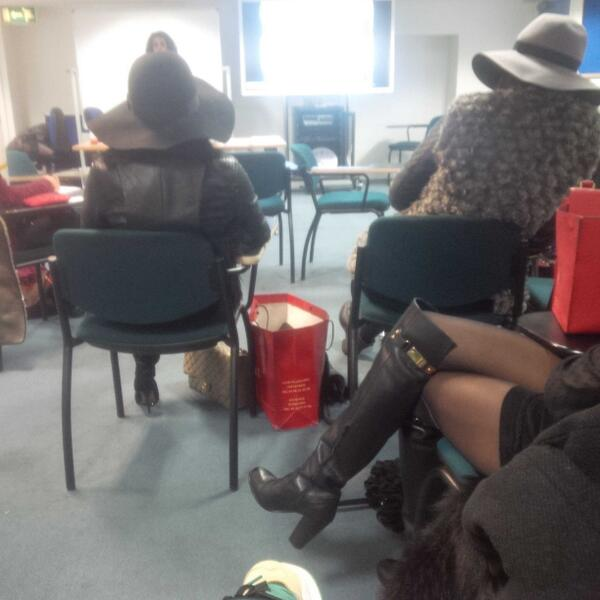 Girls come to lecture like they're going raving #BoujiGirlsUniform http://t.co/OuT9zFgbRW