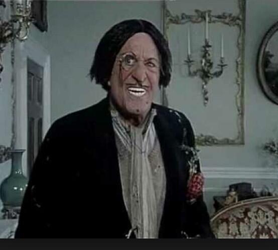 Is Simon Jordan wearing Worzil Gummidges handsome head??! #TransferDeadlineDay http://t.co/MFHTMkCTmU
