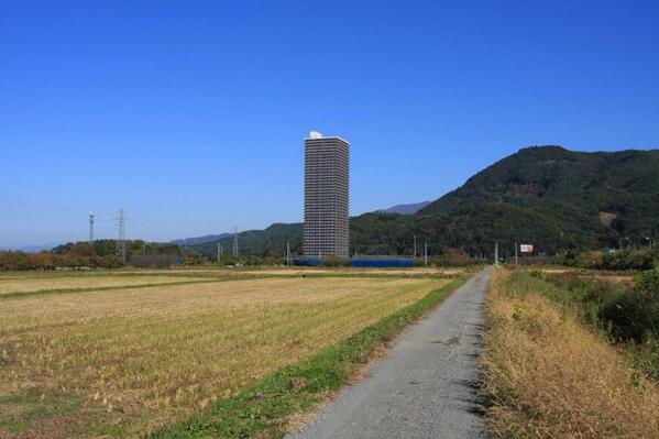 山形のマンションこれマジなのか…… http://t.co/fg3FiPxt40