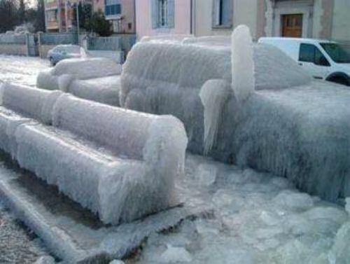 Hmm, where did I park the car? Oh... there it is! #stillhavewarmheartforchicago http://t.co/9wofQaBHul