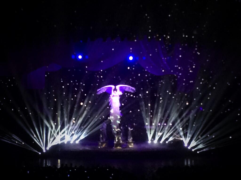 Twitter / losco: My kind of angel. @britneyspears ...