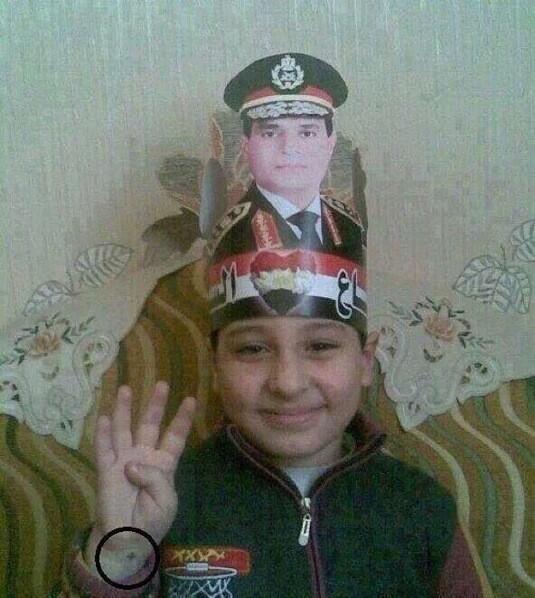 بس برضه الطفل المصرى اذكى طفل فى العالم ! http://t.co/a63wEx2Zkd
