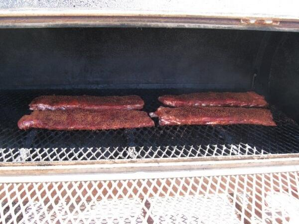 Ribs smoking! #BBQ http://t.co/j3kid6fyoQ