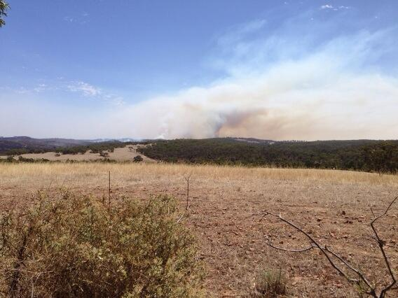 Thick brown smoke from the Bangor fire. Pic taken from near Beetaloo @abcnews @abcnorthandwest http://t.co/n5s3qfGxYh