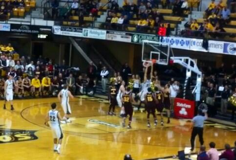 If you're not in the #ZOO you probably missed this Matasovic dunk! #6thFan #WMICH #BEATCMU http://t.co/srH9HL1qzh