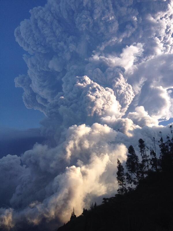 Ecuador incremento de la actividad del volcán Tungurahua. Situación de Emergencia  BfbMD7BIgAA29Ot