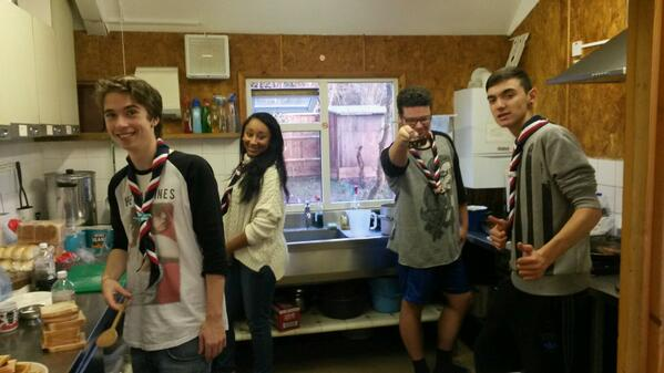 #gln PLs cooking breakfast this morning! Hard at work but still smiling! #Japan2015 http://t.co/djAYxPcnZR