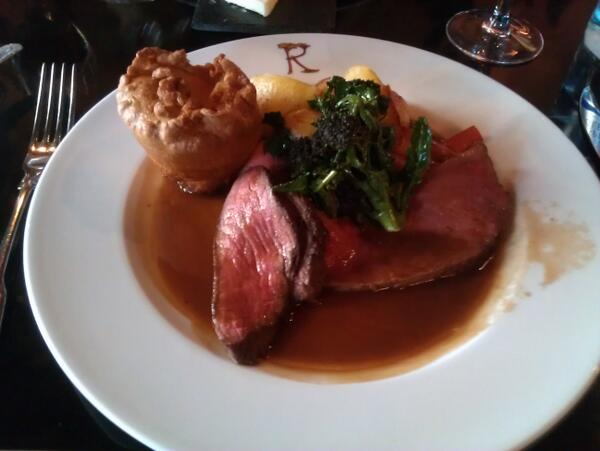 Last week we had Sunday lunch at Rhubarb at Prestonfield House and it was very, very good! Gorgeous surroundings! http://t.co/sDpK0mRrGv