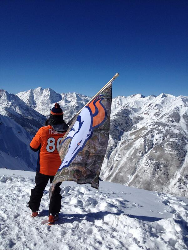 High altitude training for Broncos' fans @AspenSnowmass http://t.co/pwoiTmEa5O