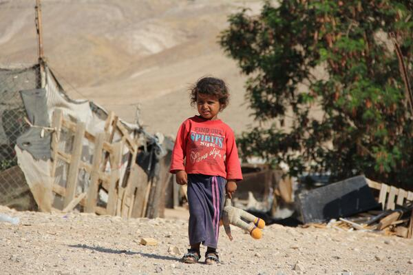 This Bedouin girl lives in shadow of Ma'ale Adumin. When you buy #SodaStream, you promote her destitution. #SuperBowl http://t.co/EFHIkN2Kg2