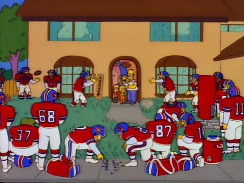 """@btljusbtljus: Homero es dueño de los Broncos de Denver. ¿Se acordaban? http://t.co/rYq5eWD0L9"" // pues por eso!!"