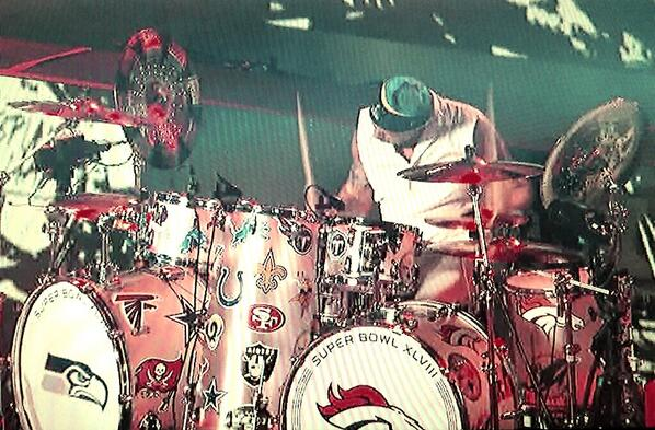 Super Bowl XLVII is over but seriously.... @RHCPchad's kit was crazy!! http://t.co/Vk2ErlZPey