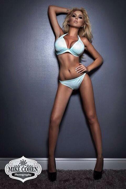 Alana Katelyn  - Miss bikini twitter @Alanakatelyn