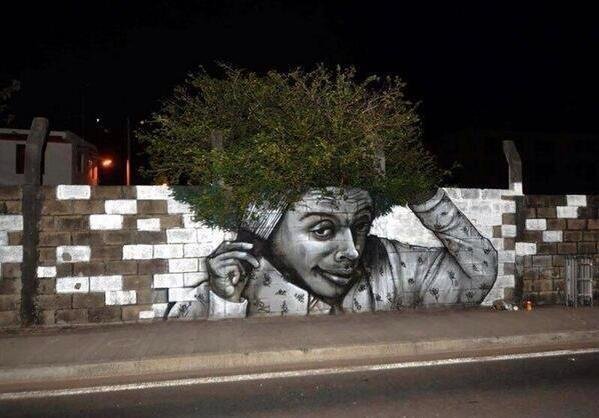 How cool is this for graffiti? http://t.co/5VHjGUm6Uc