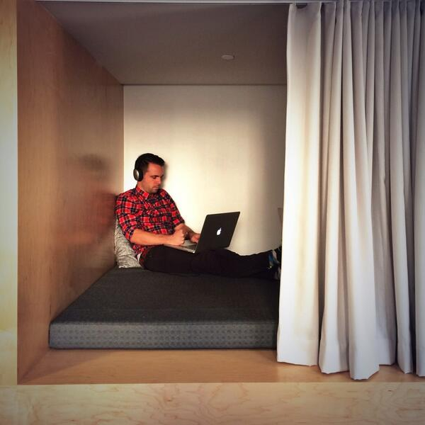 The latest in work-pod tech, designed by @sara and demonstrated by @dustin, in @Medium's new home. http://t.co/vt9YcHw9CO