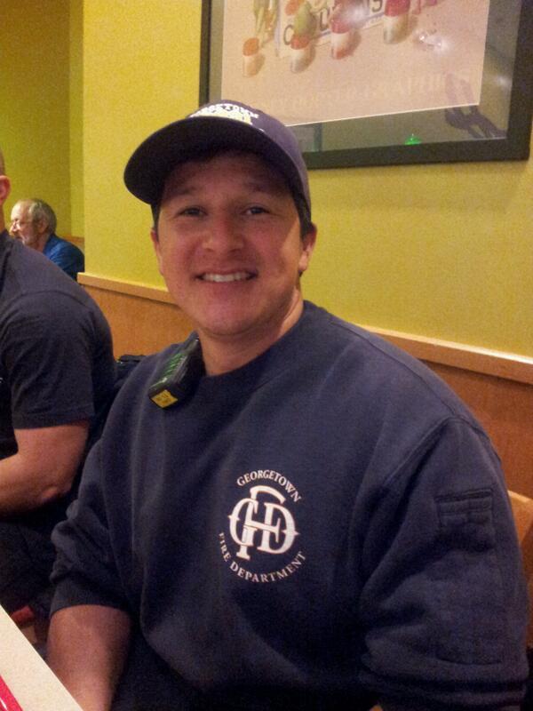 "3. ""Social media plays an informative role."" -Roland Azua, firefighter, GFD. #FDOM #txst #GeorgetownTxSpirit http://t.co/ou7JySBDVJ"