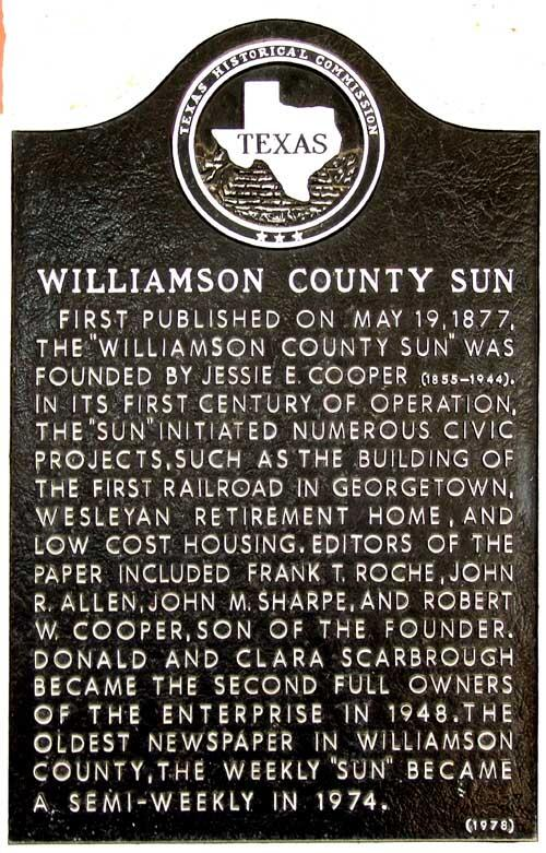 "4. @TheDeniseBarnes: ""I prefer KVUE, Austin American Statesman, Wilco Sun."" #FDOM #txst #JrlWeb #GeorgetownTxSpirit http://t.co/4bTCYkL8gf"