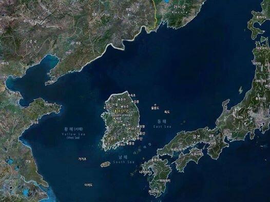 우리 70년간 이렇게 살아왔지요ㅠㅠ RT @actormoon: 걍 이대로 살까요? 작은 섬나라로 일본 등 외국과 경쟁이 되겠어요? 대륙으로 나가는 길을 늦추는 자는 역사의 죄인으로 지탄받을 것입니다. http://t.co/1gITfy3lk7