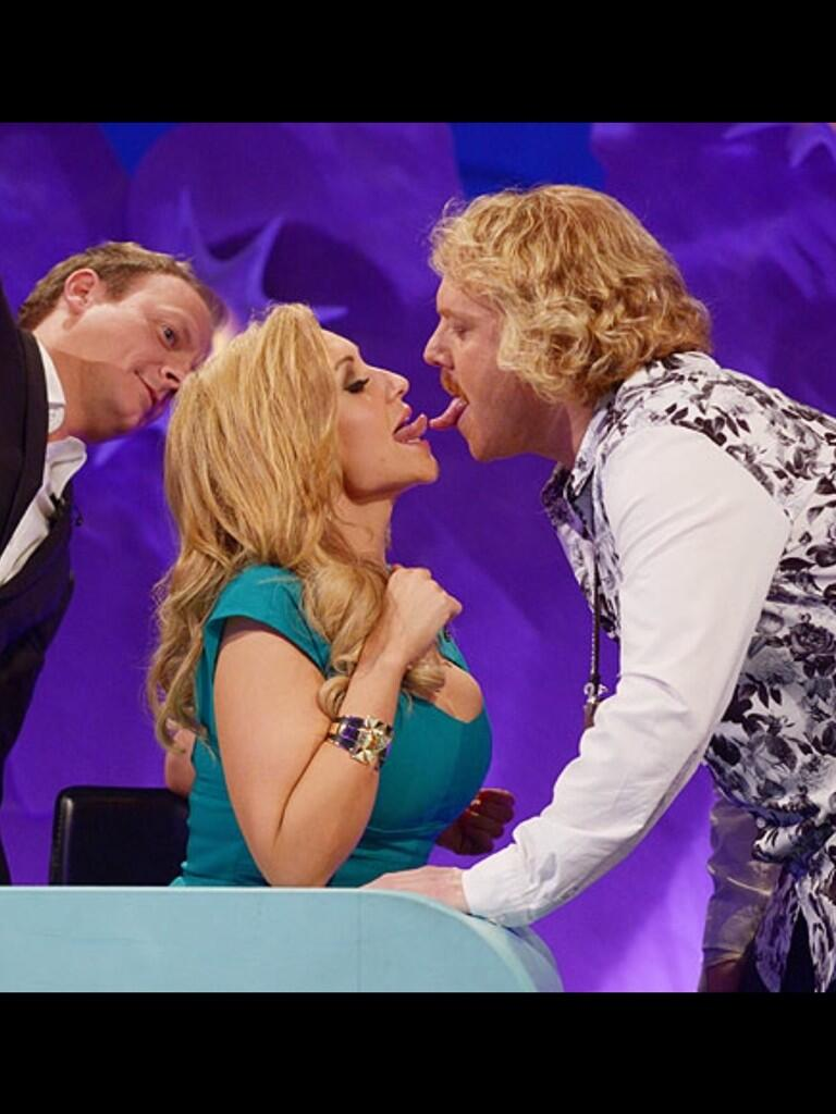 Antony cotton always likes to watch http://t.co/lbkjPmgNaI