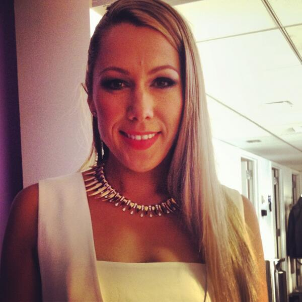 Here's a sneak peek of @ColbieCaillat on the @TODAYshow debuting the exclusive necklace for the @GoRedForWomen show! http://t.co/LgJxER22km