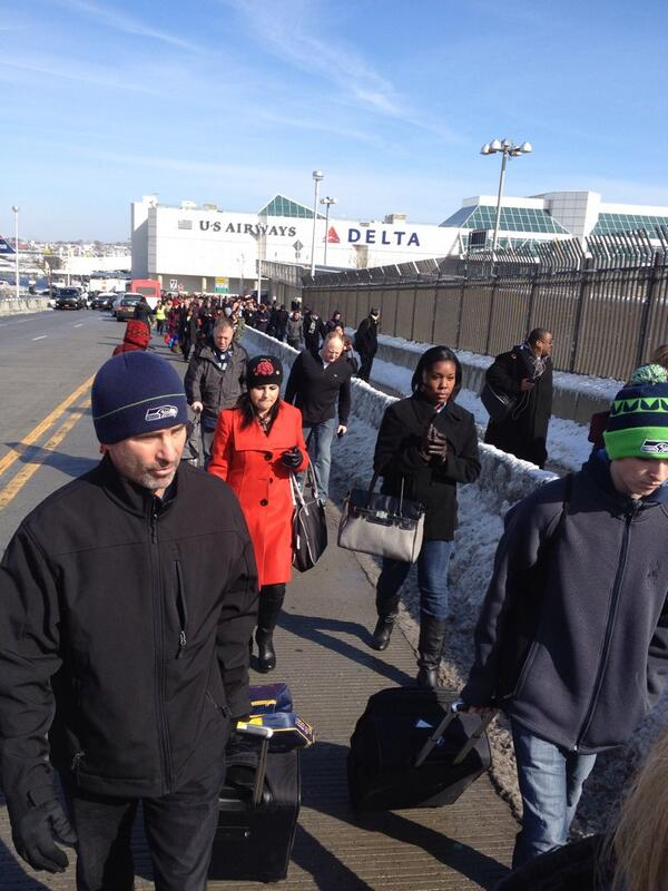 Airport officials are making us walk farther and farther from terminal C at Laguardia airport. #freezing http://t.co/rC3xr3MRfW