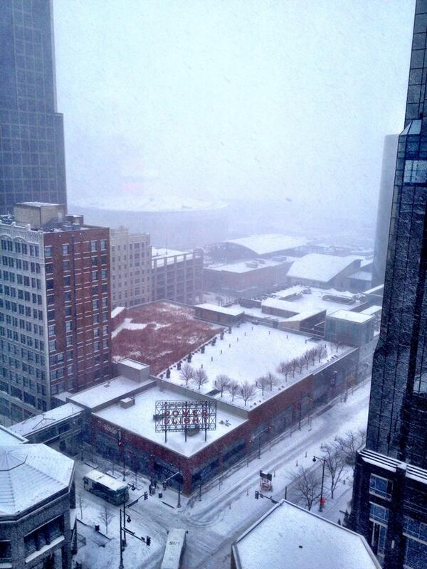 Downtown #KansasCity at noon. Getting harder to see @SprintCenter. @powerlightkc #kcwx http://t.co/FiPXBhWKxr