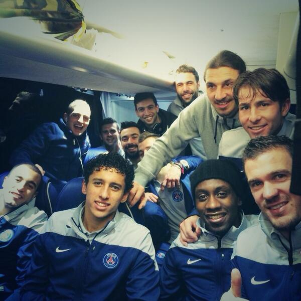 Ya tenemos la primera final de este año , muy contentos todos . Vamos paris !!!!! http://t.co/87eBMo02EB